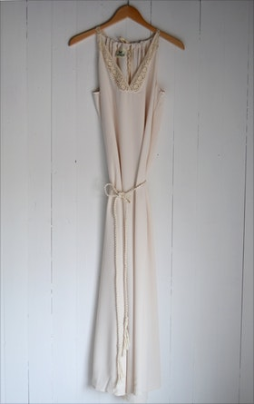 FOREVER SUMMERDRESS CREAM
