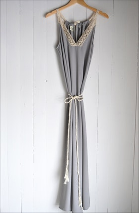 FOREVER SUMMER DRESS LIGHT GREY