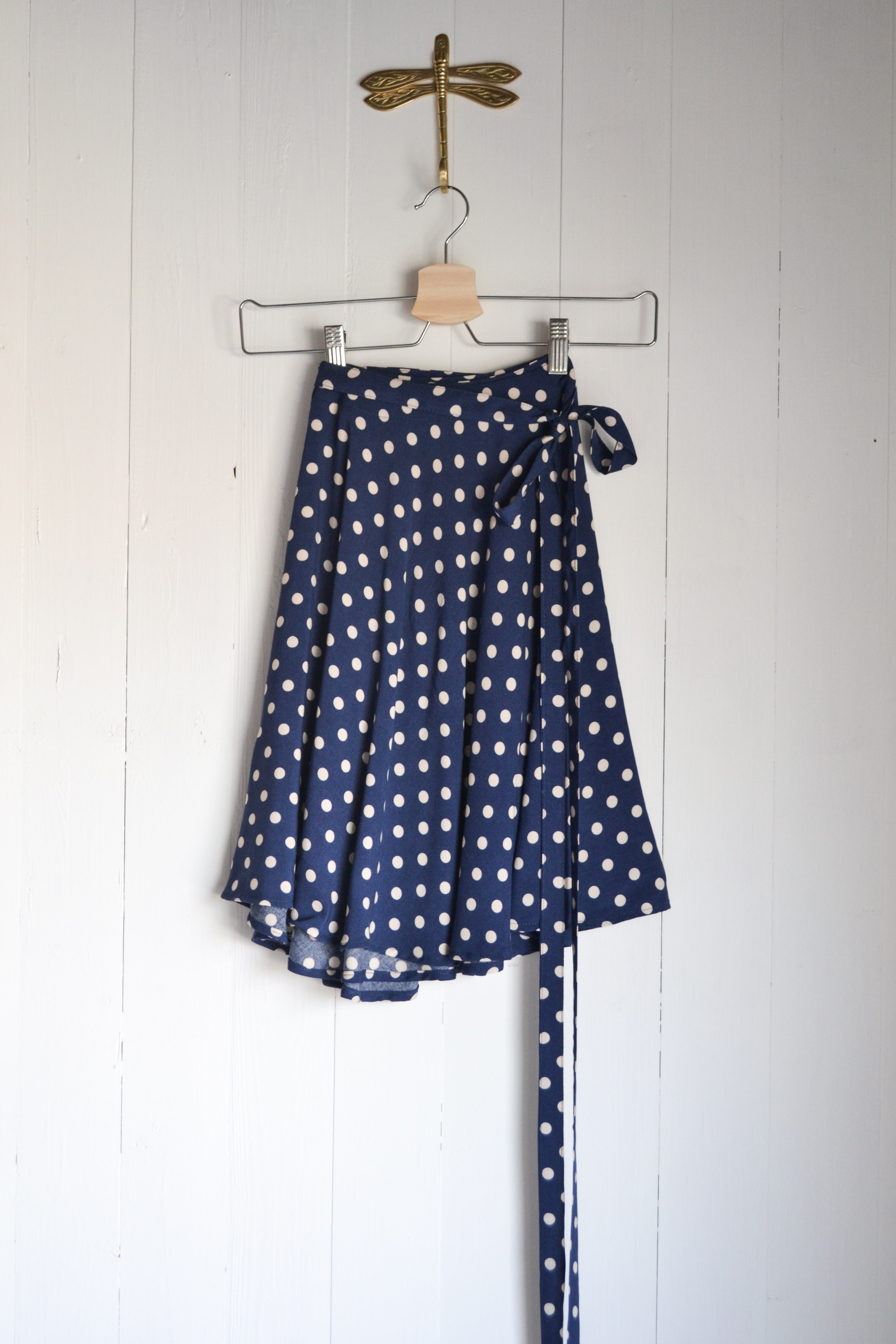 ULTIMATE SKIRT - BLUE WITH WHITE DOTS