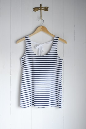 SHIFTING TANK TOP - BLUE AND WHITE STIRPES