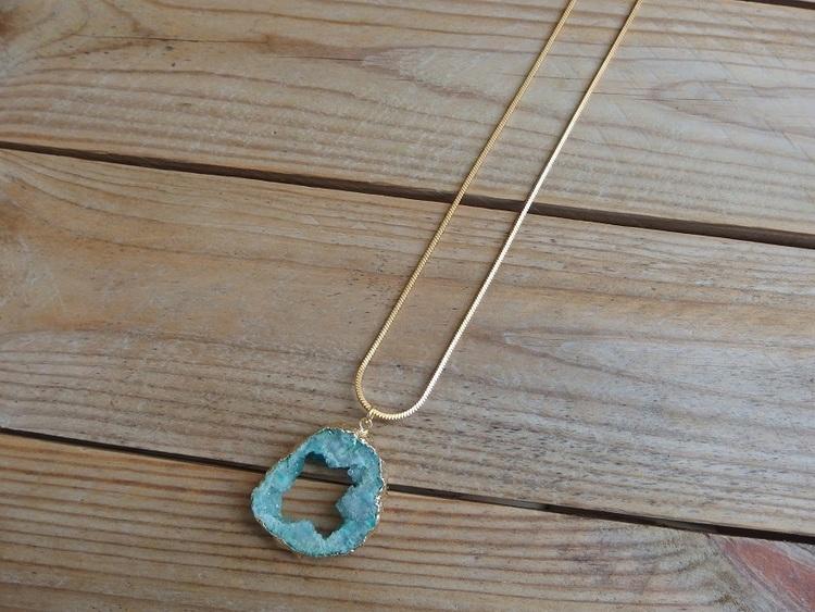 Långt halsband ormkedja med hänge