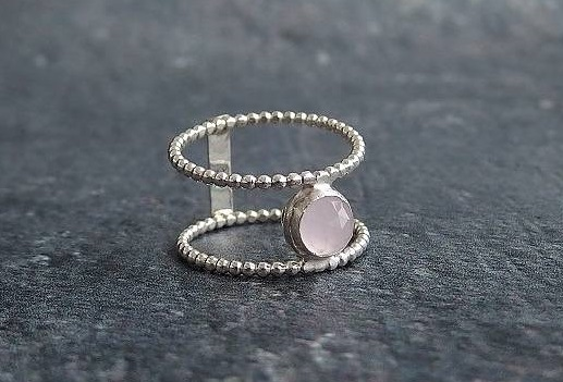 Silverring rosa Kalcedon sten