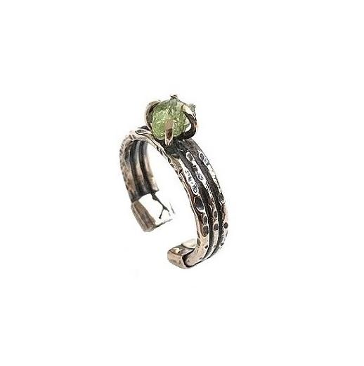 Rå peridot ring i brons