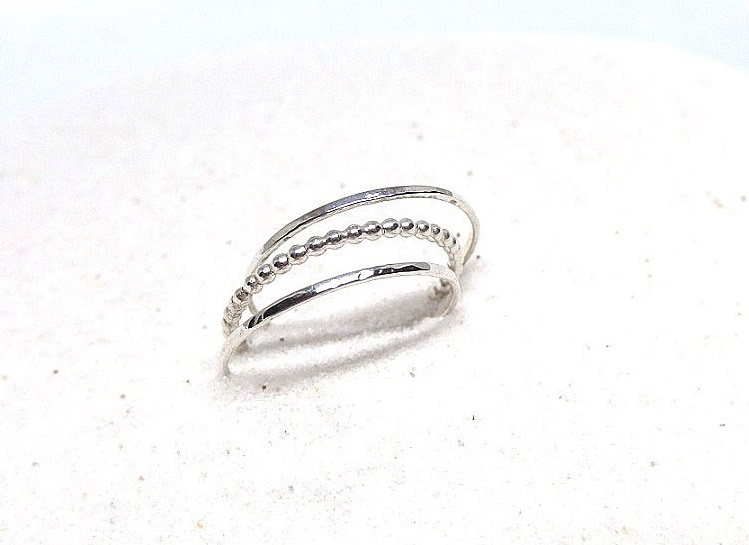 Set med ringar smala silverringar 3 stycken
