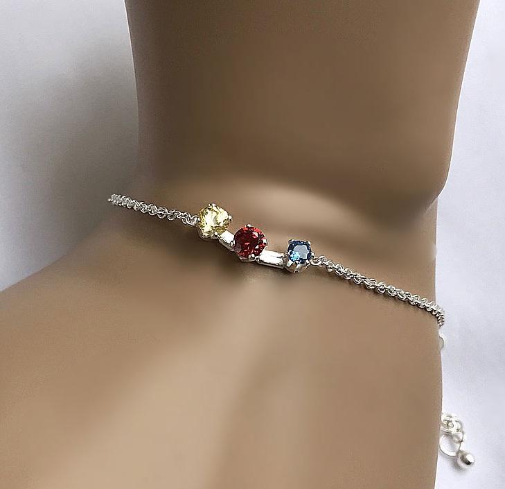 Armband med DIF stenar äkta silver