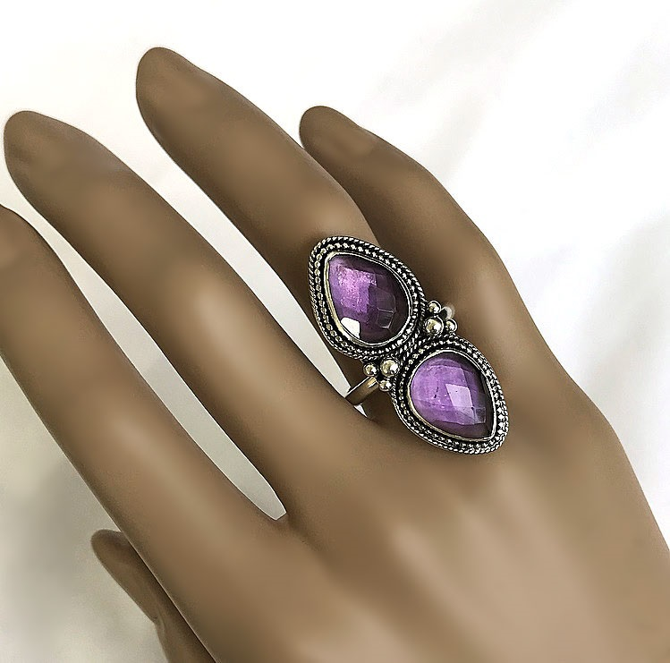 Stor statement ring med ametist stenar silver