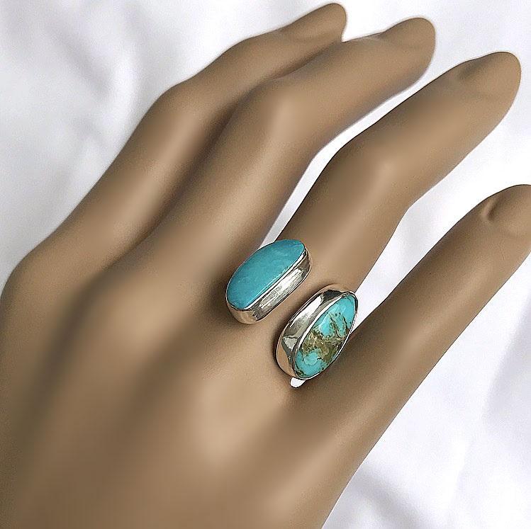 Öppen ring med turkos stenar silver