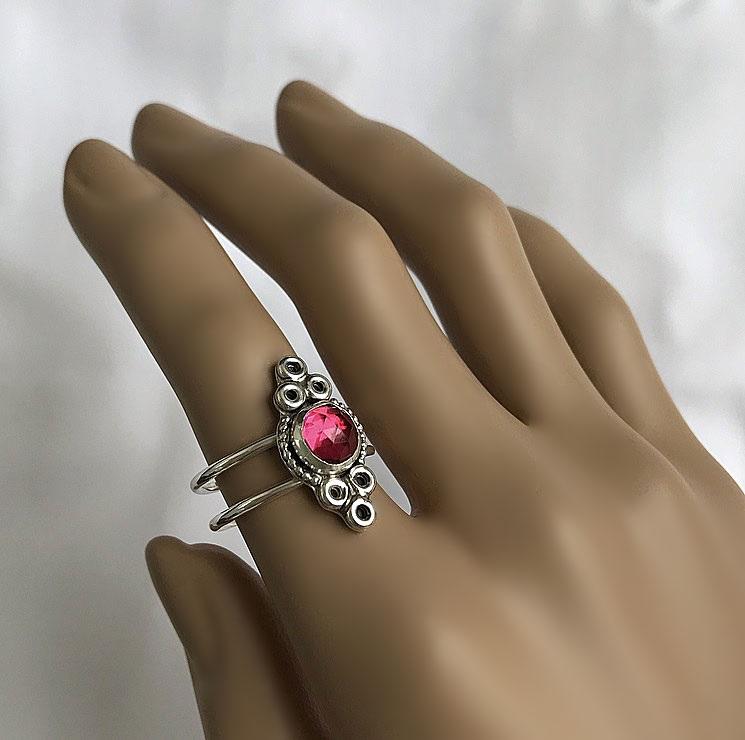 Silverring med dubbla stommar och rosa kvarts kristall sten