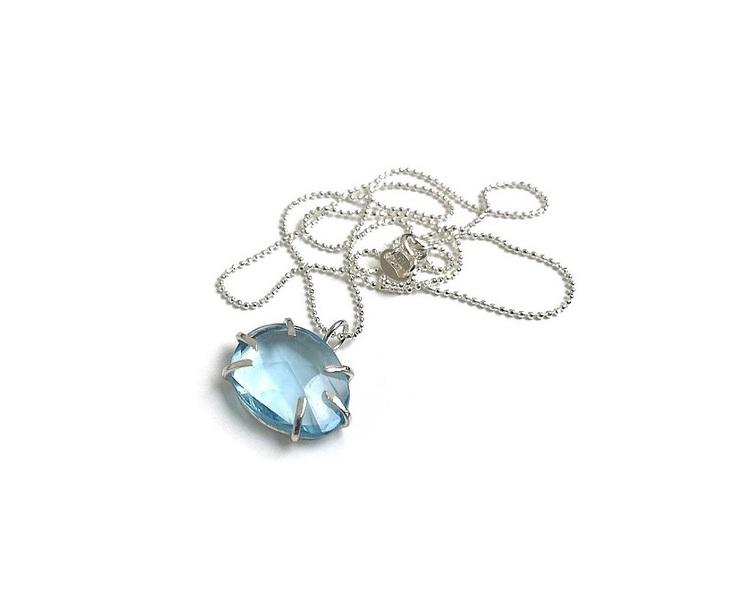 Blå topas halsband med kedja i äkta silver