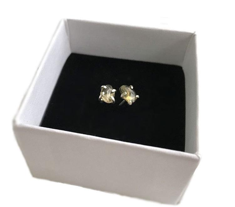 Små gula turmalin örhängen äkta silver