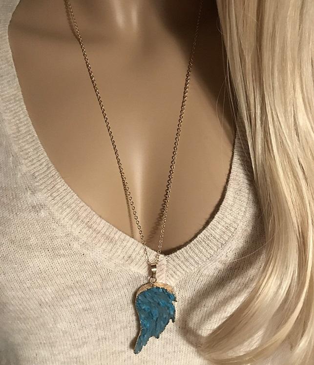 Agat halsband med kedja och blå agat vinge.
