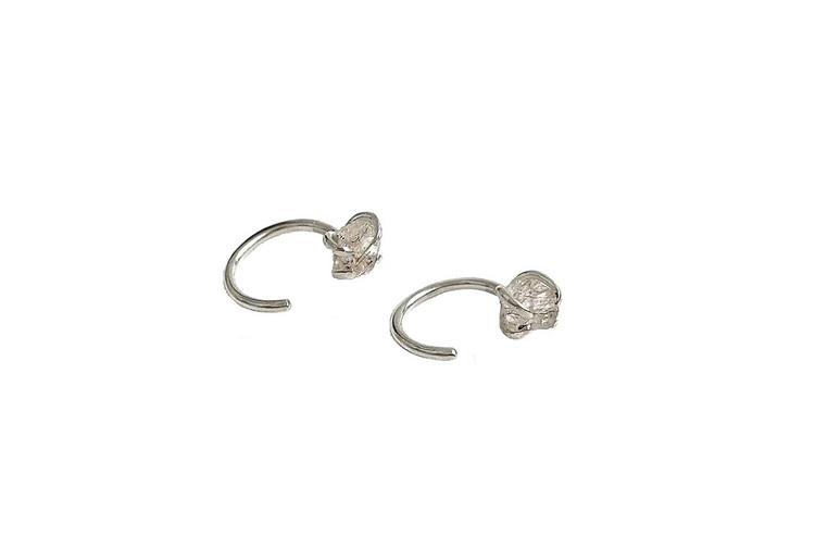 Örhängen rå rutilerad kvarts kristall koppar. Silverörhängen.