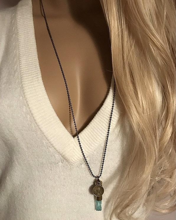 Halsband Crystal bullet med turkosa bergskristall