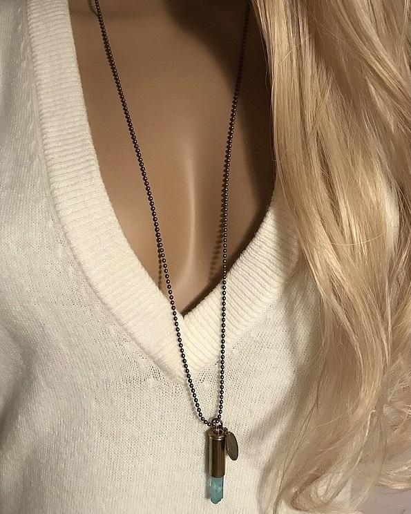 Crystal bullet halsband turkosa rå bergskristall