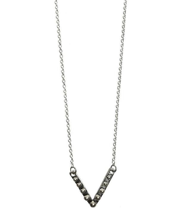 Halsband med v format hänge silver