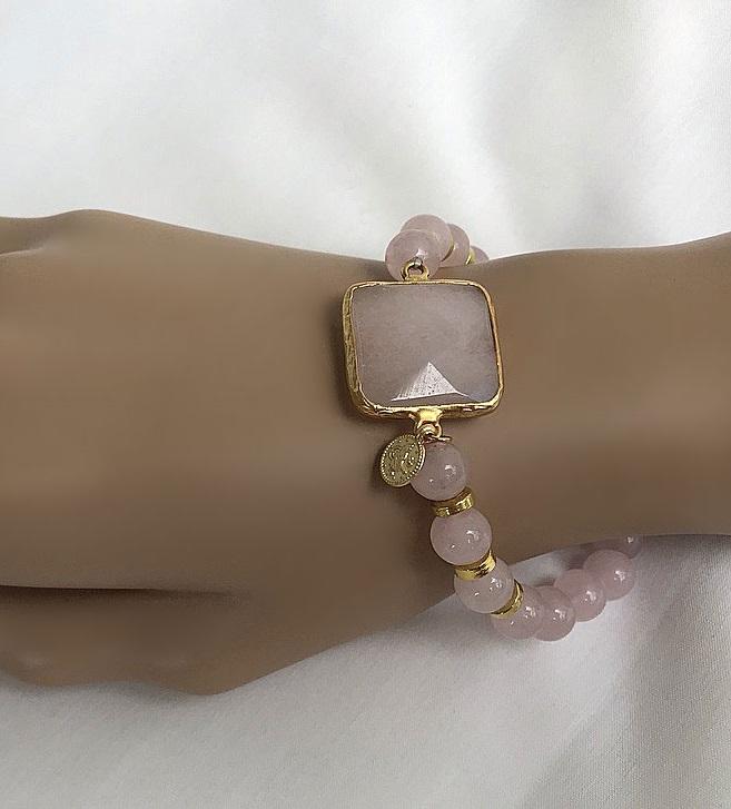 Pärlarmband rosa jade
