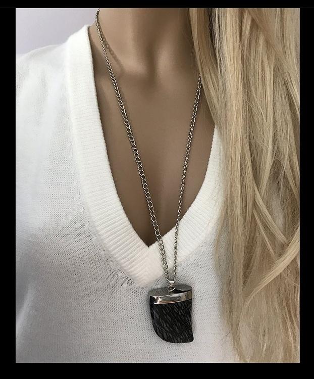 Halsband med zebra jaspis sten