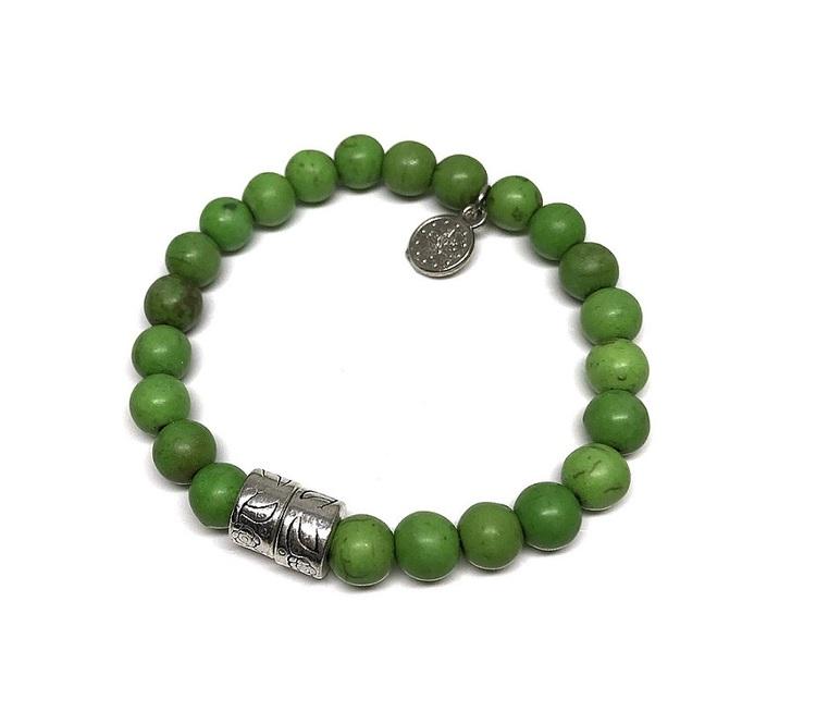 Äppelgrönt armband pärlor