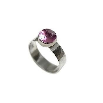 Rosa bred safir ring silver