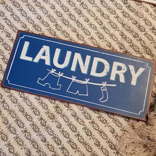 """Plåtskylt """"Laundry"""""""
