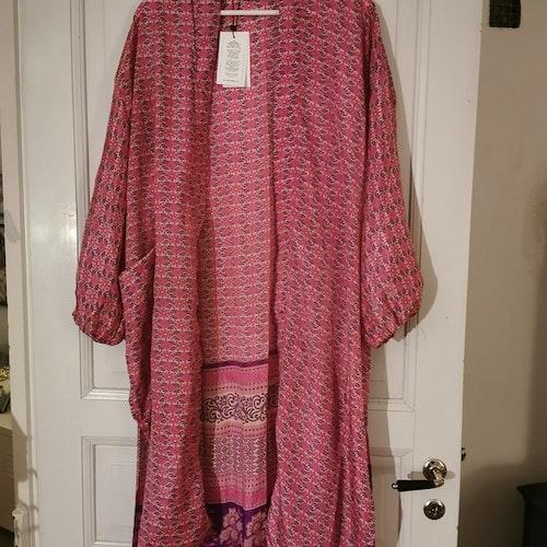 Kimono lång rosa
