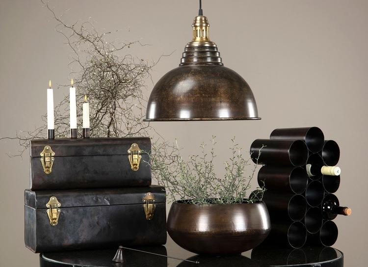 Bordslampa i antikfärg
