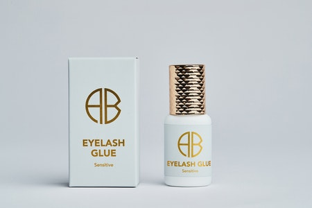 Eyelash Glue Sensitive