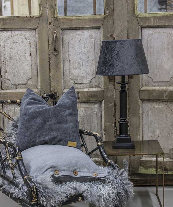 PENFOLD LAMPFOT - ANTIK SVART - 71 CM