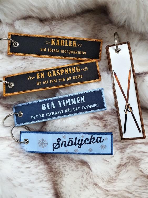 BLÅ TIMMEN -  Nyckelring/tag