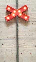Ledkrysslampa röd