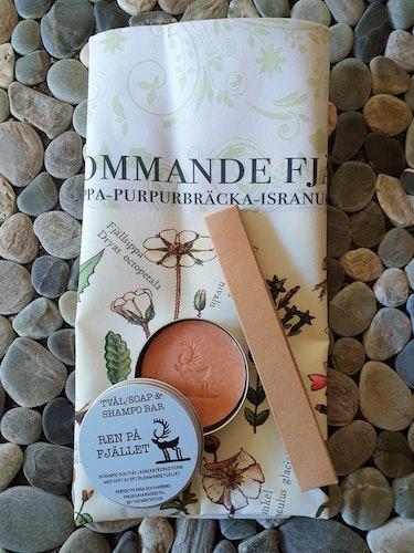 Paket med Handduk, Tvål/Schampo & bambu tandborste