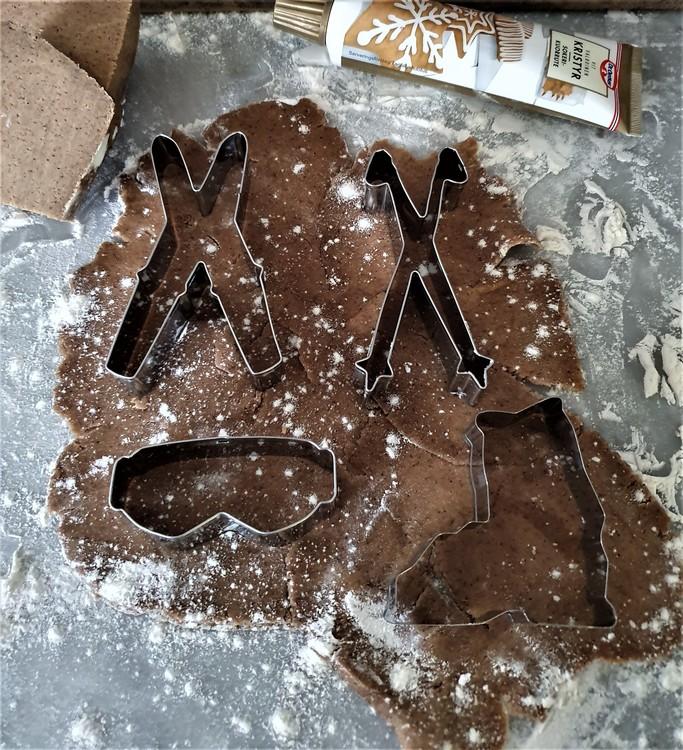 Korsade stavar pepparkaksform