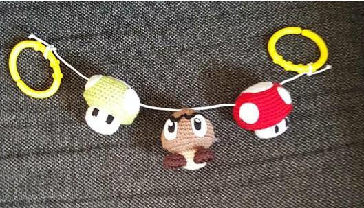 Virkat barnvagnshänge, Super Mario