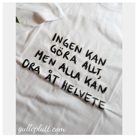 NYHET: T-shirt, Helvete Vit