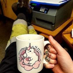 Matt Mugg, Arga Enhörningen med Kaffe & Donut