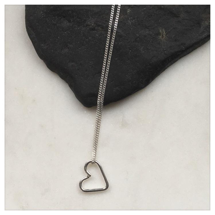 Free Heart halsband