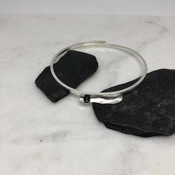 Ett Stänk av Svart 1902 tunt armband