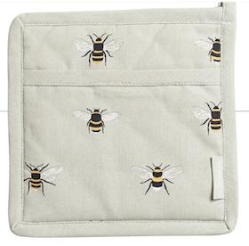 """Sophie Allport Grytlapp """"Bees"""""""