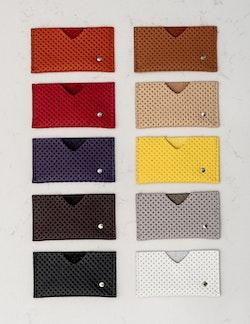 Card Holder - Korthållare i perforerat läder