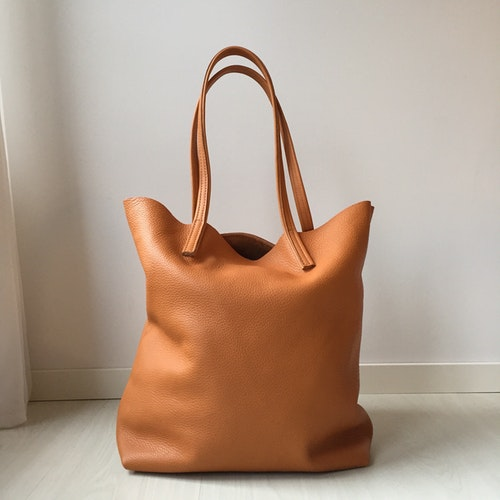 Raw Leather Tote Bag - Cognac