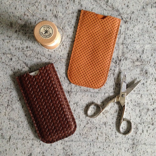 Leather Sleeve for iPhone 6 & 7 - Brown 'Braided' Leather