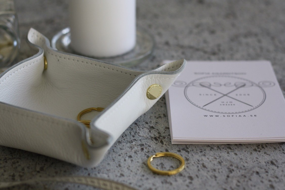 Leather Tray - White (small square)