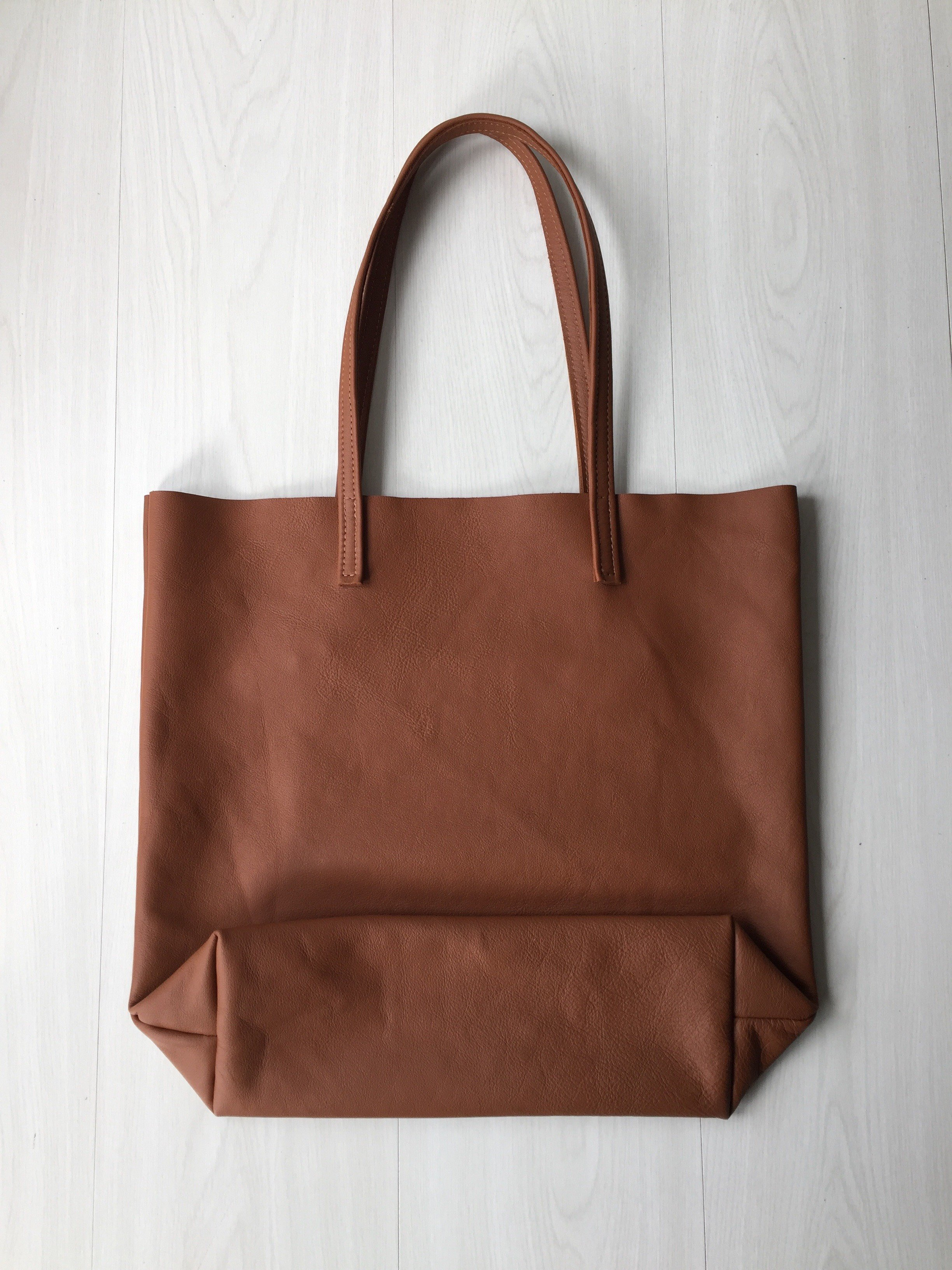 Raw Leather Tote Bag - Cognac Leather