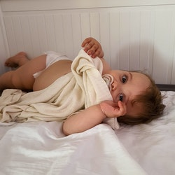 Pulp Bambu Baby filt, Ecru Elefanter
