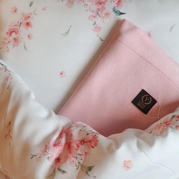 Nyfödd paket Japanese - täcke och kudde + stickat filt i bambu - Elliotti.se