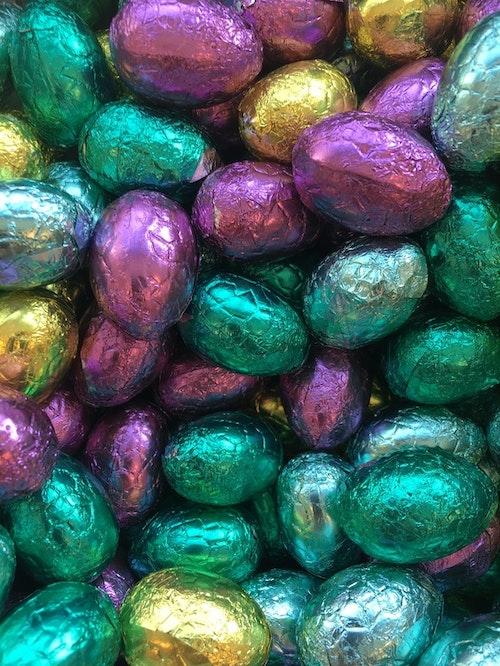 Pralin ägg Mörk och Mjölkchoklad