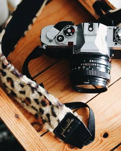Camera Strap - Leo Faux Fur