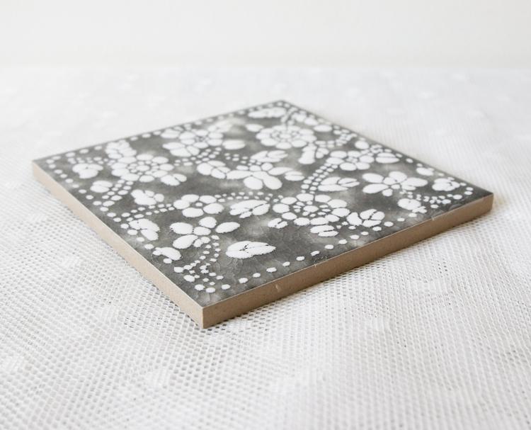Kakelplatta Blommig