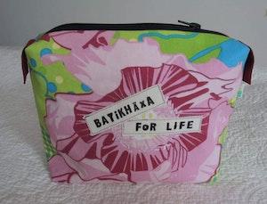 Necessär / Toilet bag - Batikhäxa for life, rosa