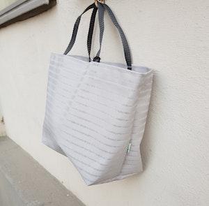 Matlådeväska/ Lunch Bag  - (Större) Grå/transparent
